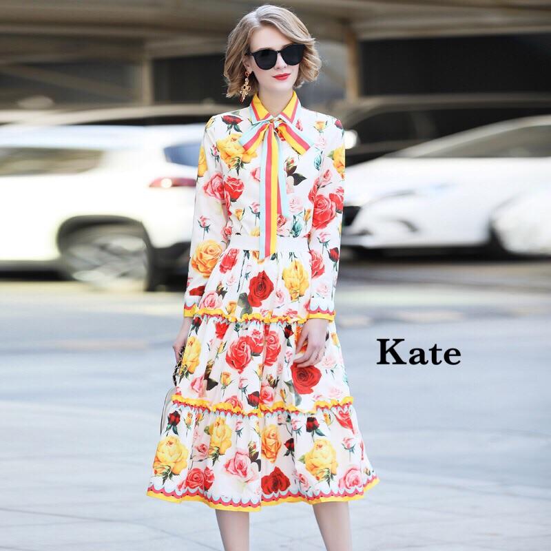 ชุดเซทแฟชั่น ชุดเซ็ต เสื้อเชิ้ต+กระโปรง ตัวเสื้อเป็นเชิ๊ต แขนยาว ลายดอกกุหลาบหลากสี