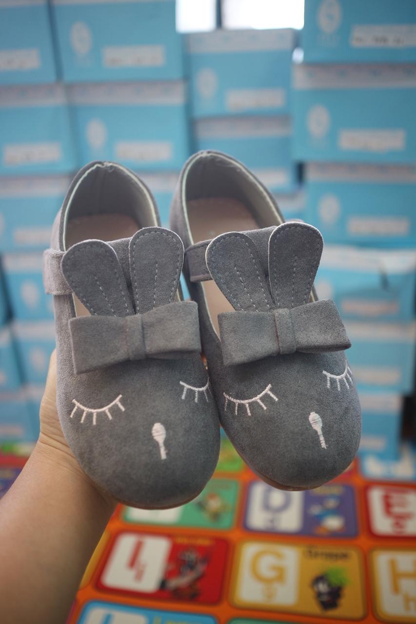 รองเท้าคัทชูเด็กกระต่ายสีเทา ไซส์ 30