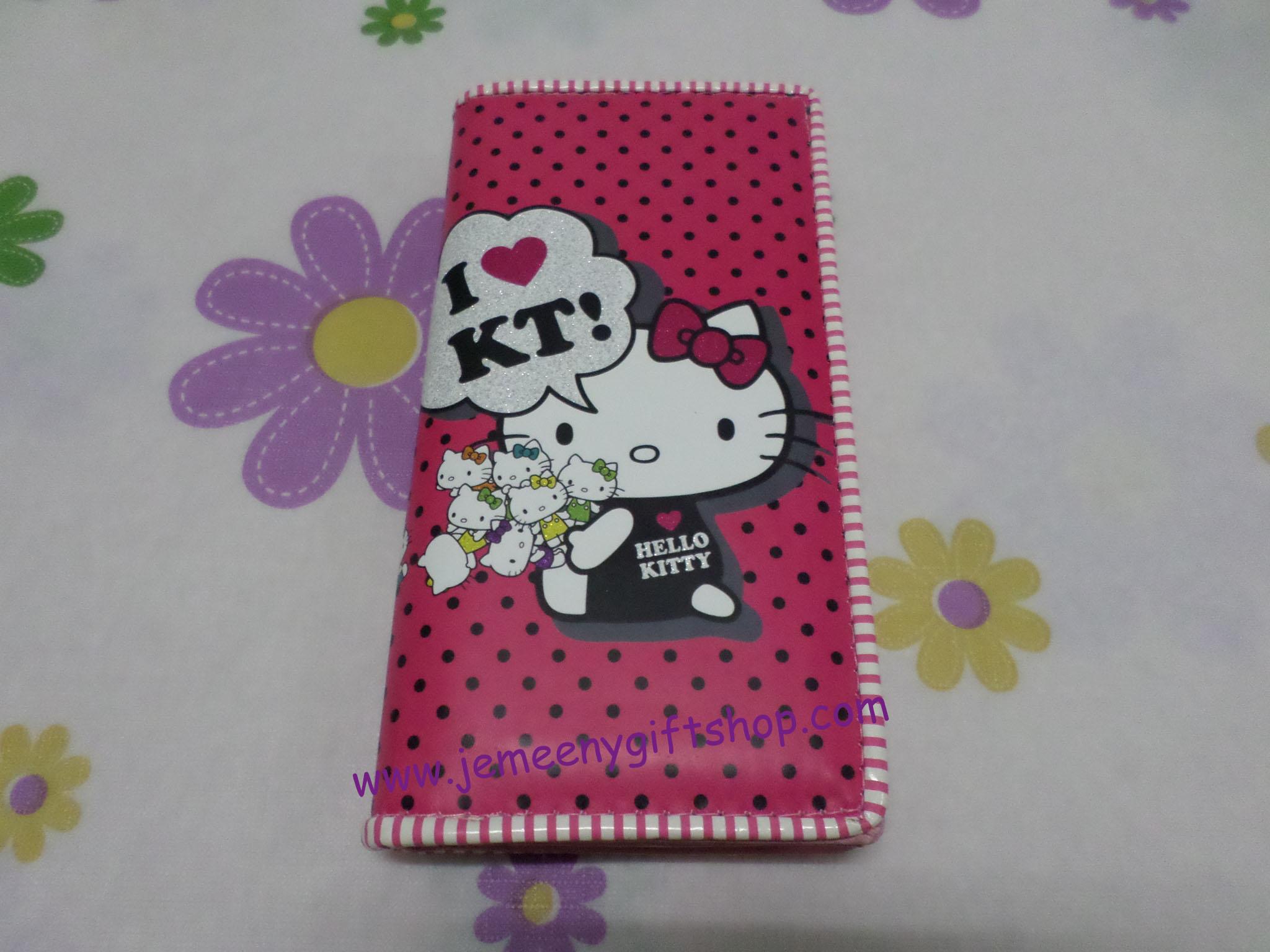 กระเป๋าสตางศ์ใบยาว ฮัลโหลคิตตี้ Hello kitty#11 ขนาด 7.5 นิ้ว x 4 นิ้ว ลายคิตตี้โบว์แดง พื้นชมพูเข้มจุดดำ ซิปรอบ