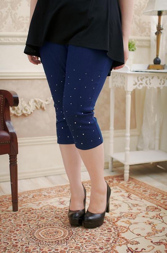 Pre Order - กางเกงแฟชั่นคนอ้วน ผ้ายีนส์ยืด มีเพชรแต่งที่กางเกงเข้ากัน