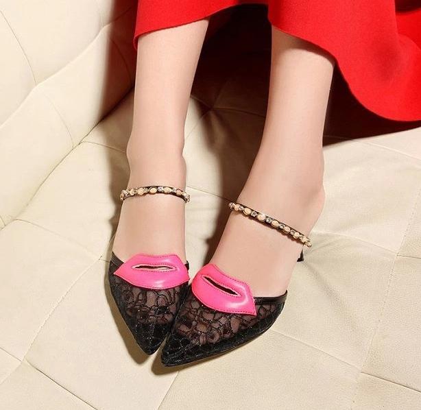 Pre Order - รองเท้าแฟชั่นเกาหลี ซีทรู แบบน่ารัก ส้นสูง สี : สีดำ / สีทอง / สีน้ำเงิน