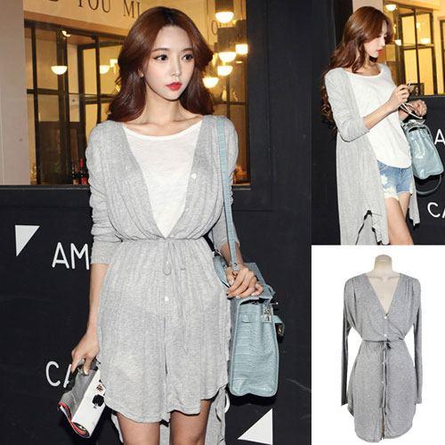 ++สินค้าพร้อมส่งค่ะ++ เสื้อแฟชั่นเกาหลี คอ V แขนยาว สไตล์ Cardigan ผ้า Modal เนื้อดีมากค่ะ ใส่เป็นเสื้อได้ ชายโค้งยาวมีสายผูก 1 เส้น – สีเทา