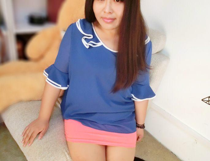 PreOrderไซส์ใหญ่ - เสื้อแฟชั่นเกาหลี ไซส์ใหญ่ คนอ้วน ผ้าชีฟอง แต่งระบายที่คอและแขน สี : ชมพู / น้ำเงิน