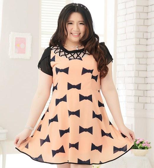 Pre Order - เดรสแฟชั่นเกาหลี คนอ้วน Big Size แขนสั้น พิมพ์ลายผ้าเป็นโบว์ สี : สีดำ / สีส้ม