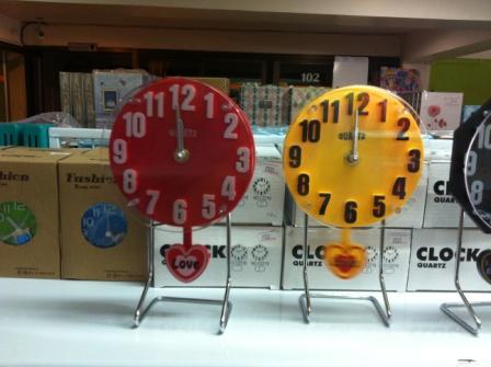 นาฬิกาตั้งโต๊ะ ทรงกลม รหัส 0731
