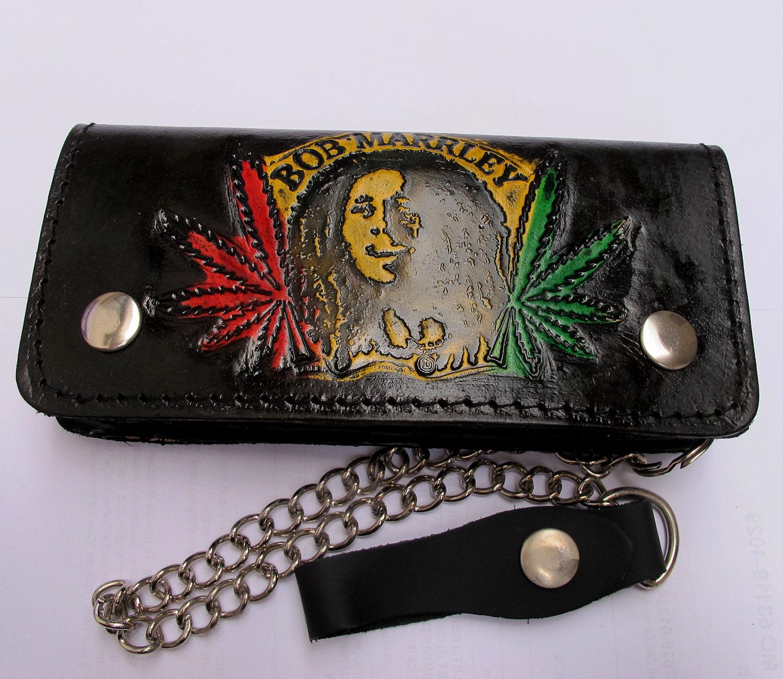 กระเป๋าสตางค์ยาว หนังแท้ รูป BOB MARLEY แบบ 2 พับ พร้อมโซ่