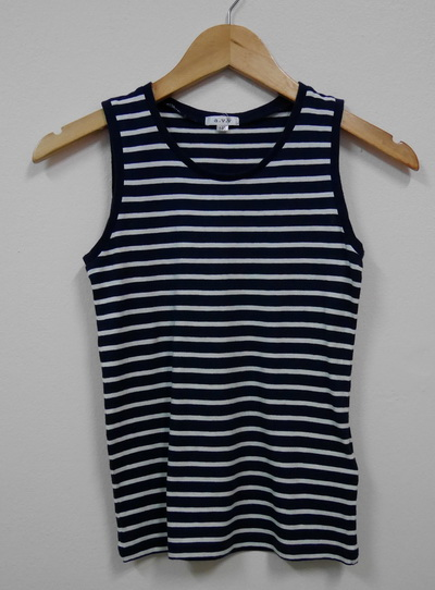 Jp1479 เสื้อกล้ามเด็กผ้ายืด ลายเส้นขวาง สีขาวสลับสีน้ำเงินกรมท่า a.v.v. ไซค์ 140