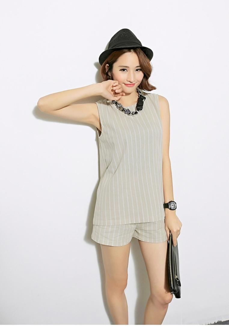 เซ็ตเสื้อเบลาส์และกางเกงขาสั้น Cotton Striped Sleeveless